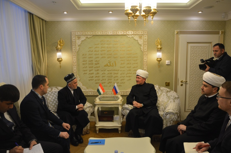 Religious leaders of Russia and Tajikistan meet in Moscow